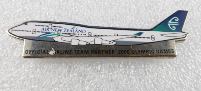 SYDNEY 2000 OFFICAL AIRLINE TEAM PIN -AIR NEW ZEALAND
