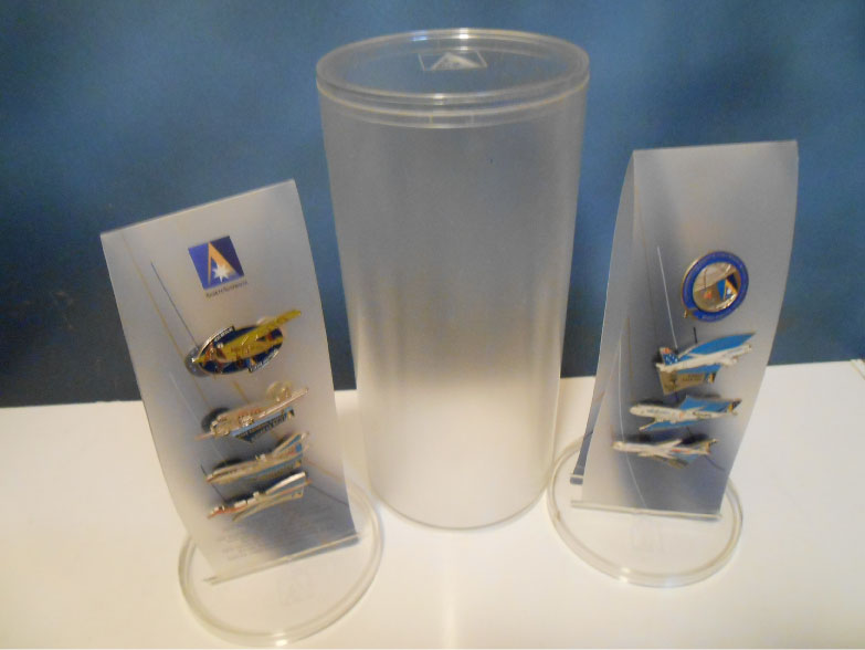 SYDNEY 2000 OLYMPIC HISTORICAL AIRCRAFT PIN CANISTER SET